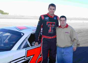 12308176-nascar-driver-david-ragan-with-his-brother-adam-courtesy-of-the-ragan-family